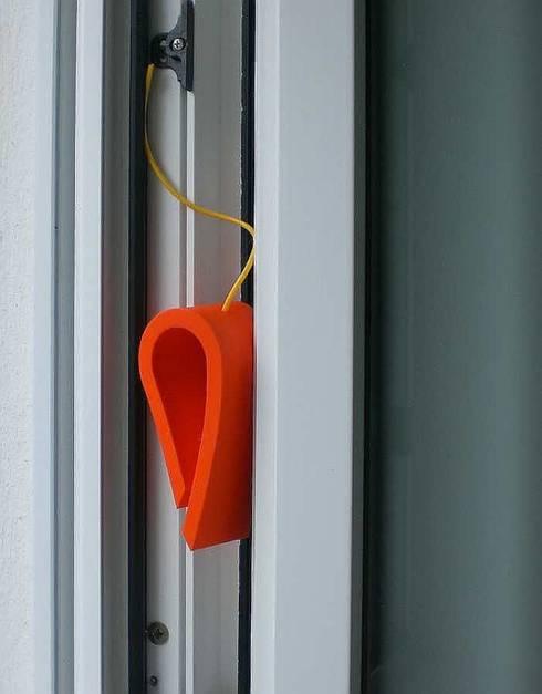 HOUSE MOUSE® Tür und Fensterstopper:  Fenster & Tür von Bergfeld + Schwan ARTIKEL GmbH