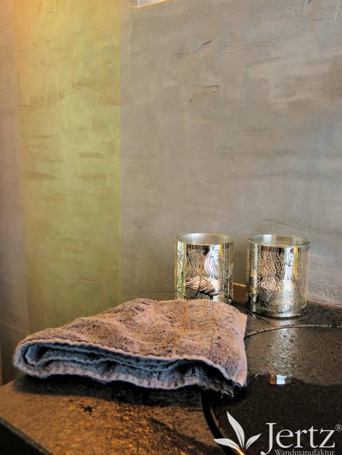 Badezimmer ohne fliesen mit marmorputz in travertinoptik for Badezimmer ohne fliesen gestalten