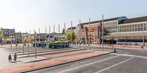 Stationsplein Haarlem / Rode Loper:   door wUrck