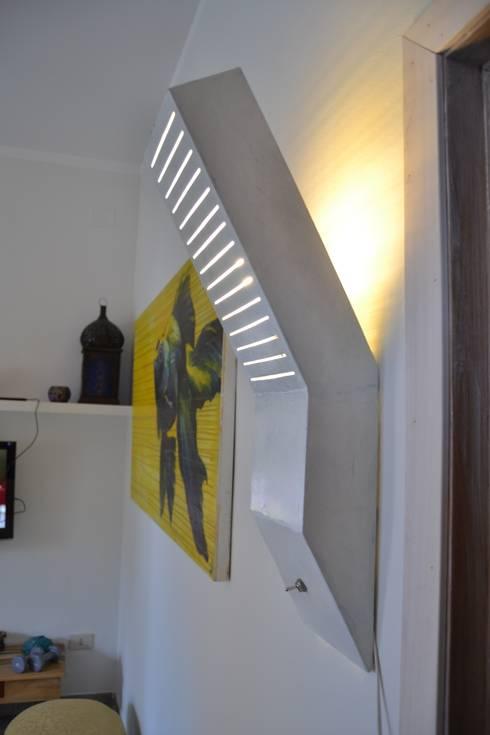 LYNE: Arte in stile  di Elena Valenti Studio Design
