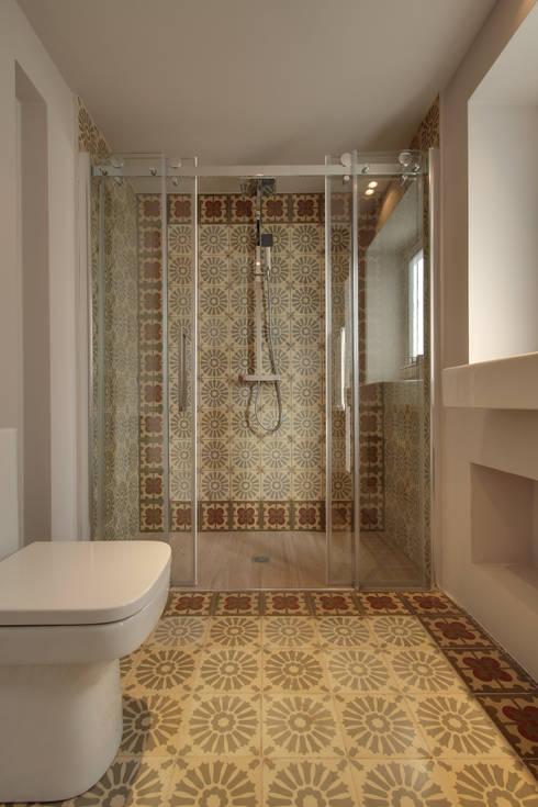 de estilo  por Lara Pujol  |  Interiorismo & Proyectos de diseño