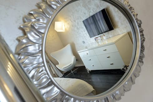 Квартира с лицом: Спальни в . Автор – Студия дизайна