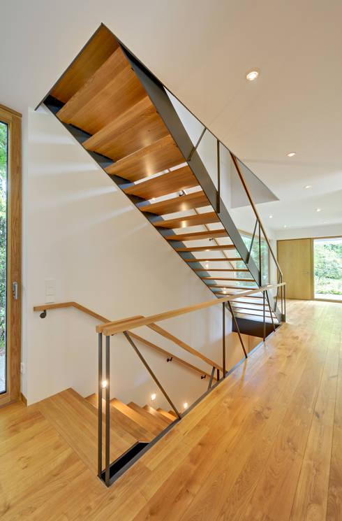 Treppenhaus Einfamilienhaus Offen ~ Kreative Bilder Für Zu Hause
