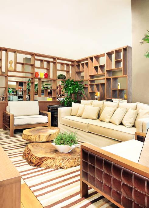 Adriana Scartaris design e interiores의  주택