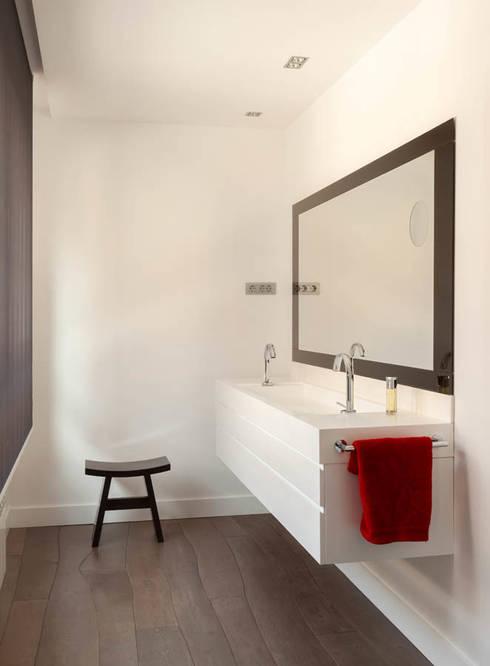 Ванные комнаты в . Автор – ESTER SANCHEZ LASTRA