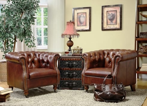 Chesterfield Inspired Leather Armchair: classic Living room by Locus Habitat