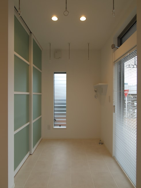 Phòng tắm by ai建築アトリエ