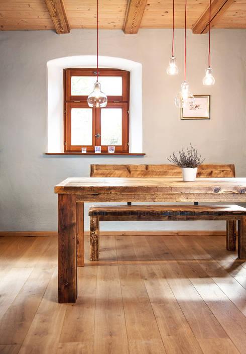 Salle à manger de style de style Rustique par edictum - UNIKAT MOBILIAR