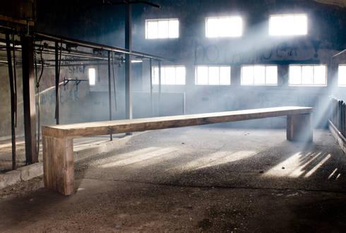 Table heelgroot VanJoost:  Kantoren & winkels door VanJoost