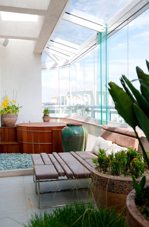 Terrazas de estilo  por Brunete Fraccaroli Arquitetura e Interiores