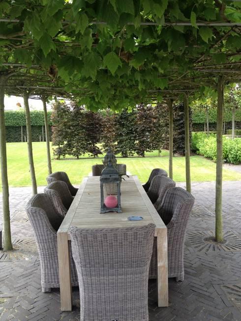 Giardino in stile  di Stam Hoveniers