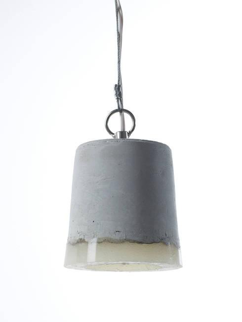 CONCRETE small: industriële Slaapkamer door RENATE VOS product & interior design