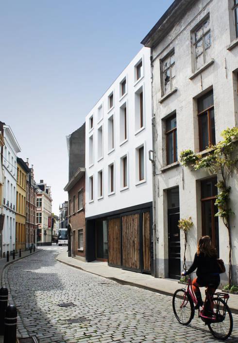 Casas de estilo  por atelier vens vanbelle