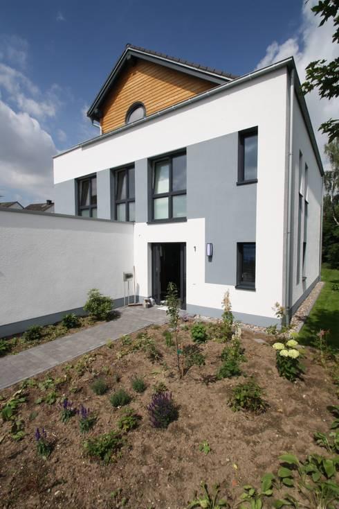 haus t neubau efh kfw 70 standard von aib architektur ingenieurb ro billstein k ln. Black Bedroom Furniture Sets. Home Design Ideas