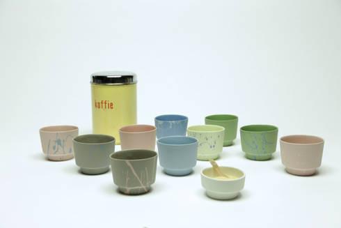 Cups: eclectische Eetkamer door Ontwerpstudio Inge Simonis
