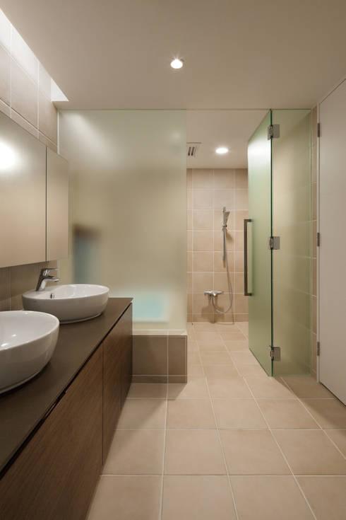 modern Bathroom by atelier137 ARCHITECTURAL DESIGN OFFICE