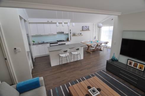 Perth 3 Kitchen / Living / Dining: modern Kitchen by Natasha Fowler Design Solutions
