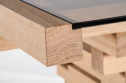 Table Altaar: moderne Eetkamer door VanJoost