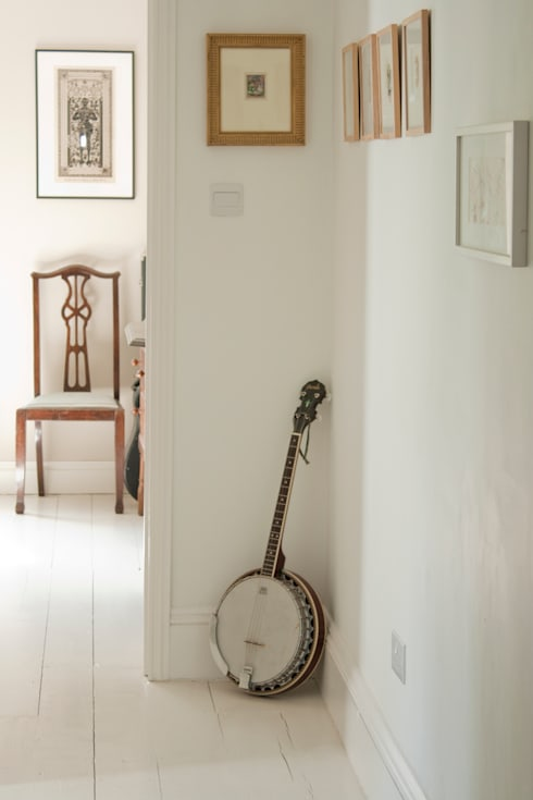 House remodelling in North Bristol:  Corridor & hallway by Dittrich Hudson Vasetti Architects