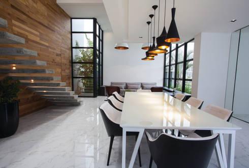 ZAAV-Casa-Interiores-1233: Salas de jantar minimalistas por ZAAV Arquitetura