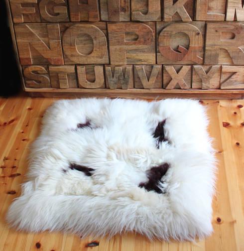 Haus Dekor Produkte : rustikale Wohnzimmer von NATURAL BAZAAR