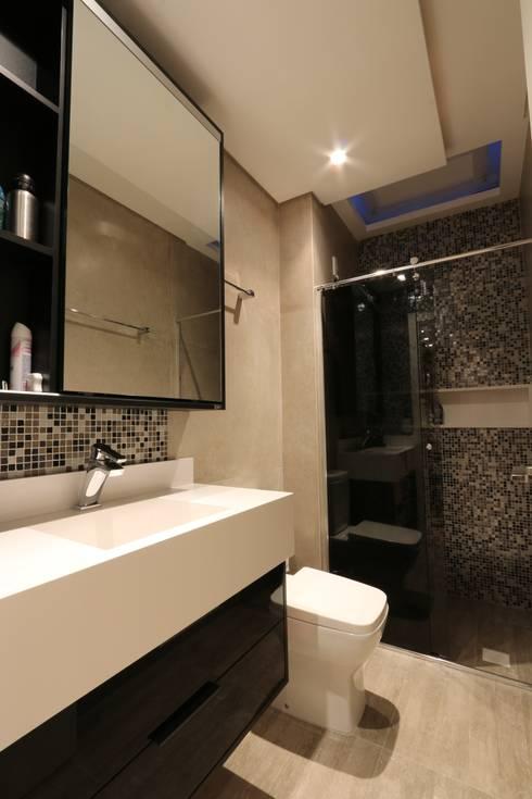 ZAAV-Apartamento-Interiores-1318: Banheiros minimalistas por ZAAV Arquitetura