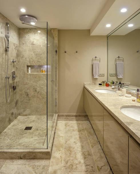 Paker Mimarlık – GÜÇLÜ EVİ:  tarz Banyo