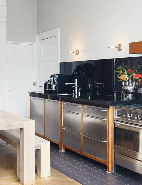 'hapjes-keuken':  Keuken door choc studio interieur