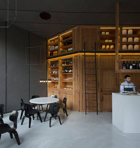 RESTAURANTE BARTON: Locales gastronómicos de estilo  de ISABEL LOPEZ VILALTA + ASOCIADOS