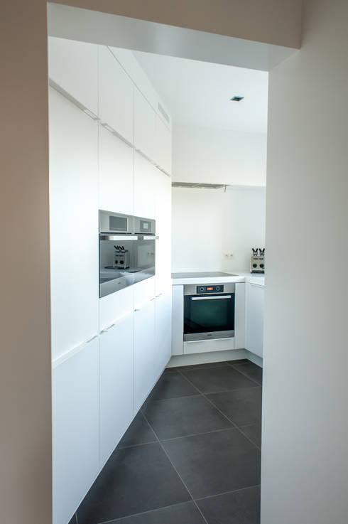 Keuken modern: moderne Keuken door Alewaters & Zonen