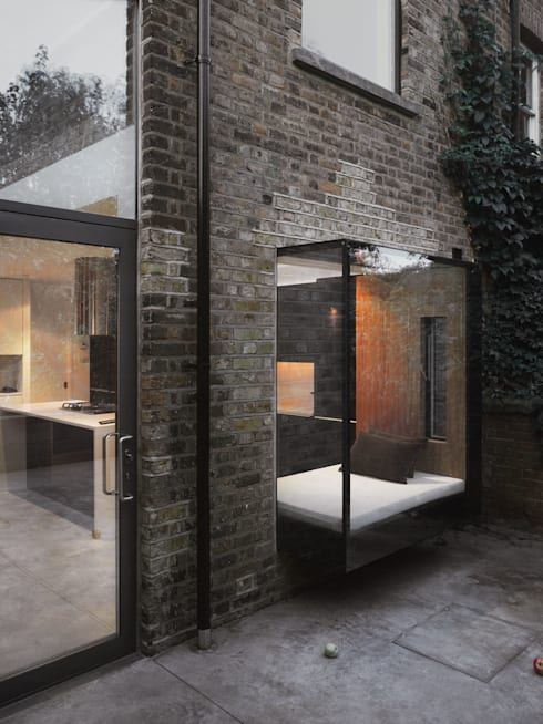 Houses by Platform 5 Architects LLP