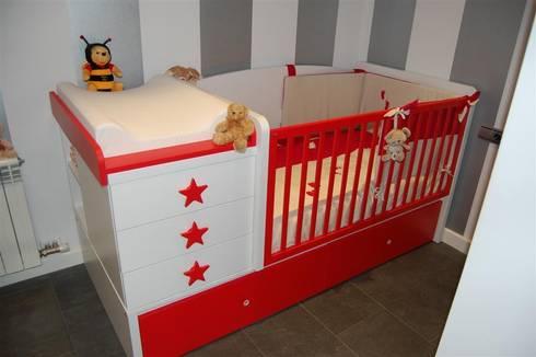 Dormitorios infantiles: Dormitorios infantiles de estilo minimalista de Sebastián Bayona Bayeltecnics Design
