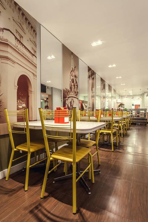 Agostini Lancheria: Espaços gastronômicos  por RICARDOTRAMONTINA.ART