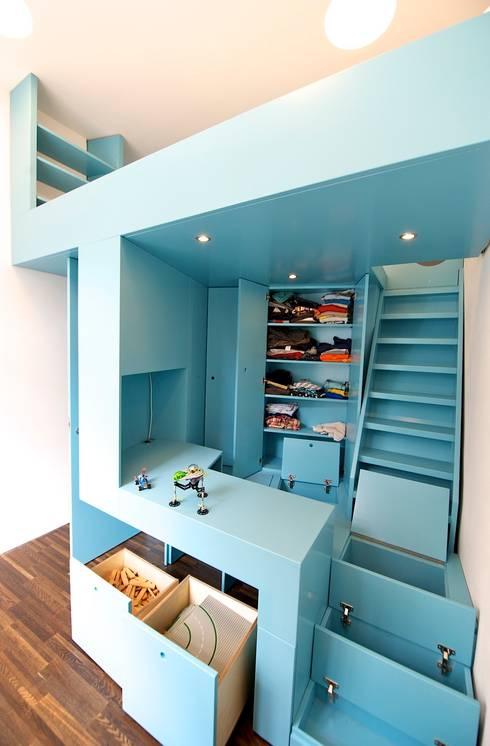 Habitaciones infantiles de estilo  de 3rdskin architecture gmbh