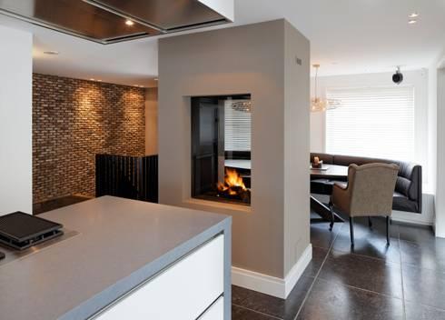 project x: minimalistische Keuken door Boley