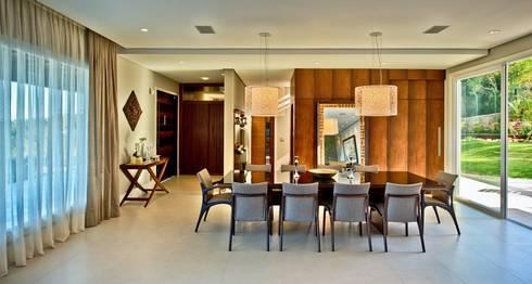 Sala de jantar: Salas de jantar modernas por Espaço do Traço arquitetura