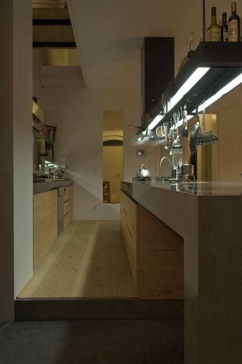 Küche : moderne Küche von peter glöckner   architektur