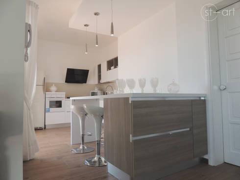 Casa de Praia em Castellammare del Golfo – Sicília: Casas  por start.arch architettura