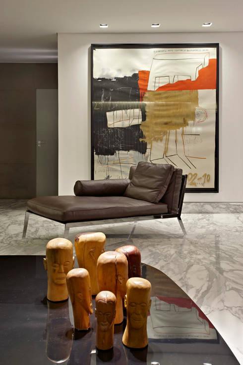 Para ver e viver!: Salas de estar modernas por Jaqueline Frauches Arquitetura e Interiores