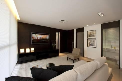 Decorado : Salas de estar modernas por Jaqueline Frauches Arquitetura e Interiores