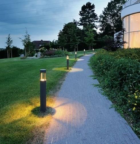 Trend Aydınlatma / Kazancı Aydınlatma – Slots Antrasit Led Bollard: modern tarz Bahçe