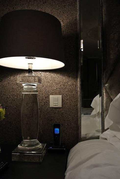 modern Bedroom by Inspire Audio Visual