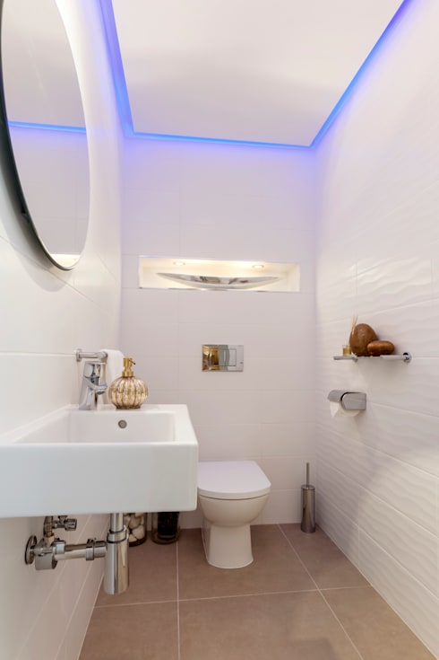 Duquesa : Baños de estilo moderno de Pulse Interior Design SL
