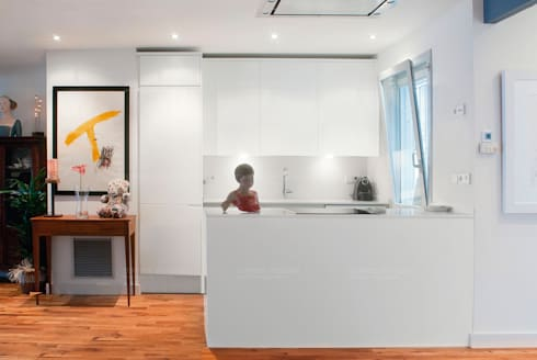 Loft de nueva creación: Cocinas de estilo minimalista de Torres Estudio Arquitectura Interior