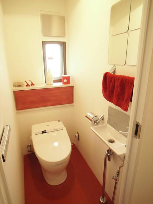 HOUSE M: MIKAZKI co., Itdが手掛けた浴室です。