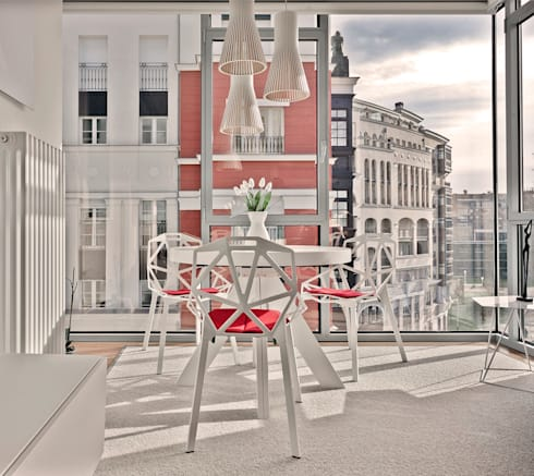 Proyecto decoración Plaza Euskadi. | Bilbao.: Comedores de estilo moderno de URBANA 15