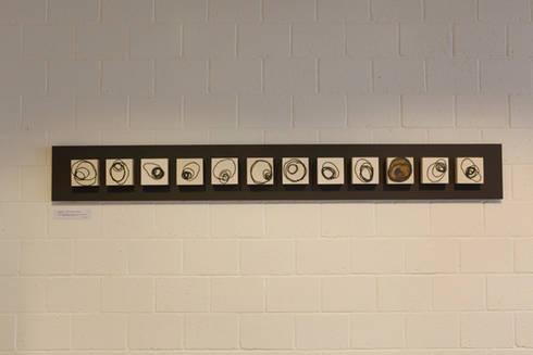 Signals of life - E - Composition   I :  Kunst  door Marc Verbruggen - ceramic art