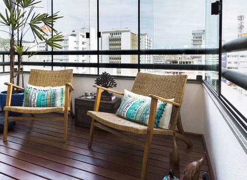 Projeto arquitetônico de interiores para residência unifamiliar. - (Fotos: Mariana Boro): Terraços  por ArchDesign STUDIO