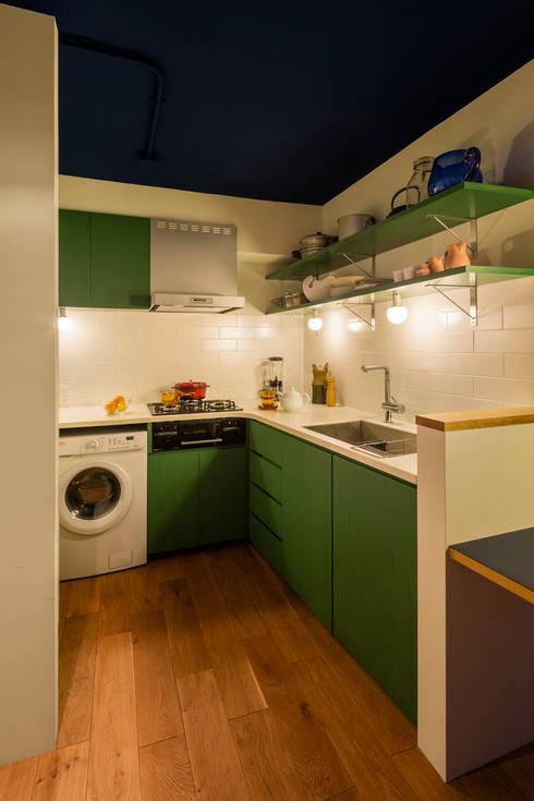 桜丘の家: Nojima Design Officeが手掛けたキッチンです。