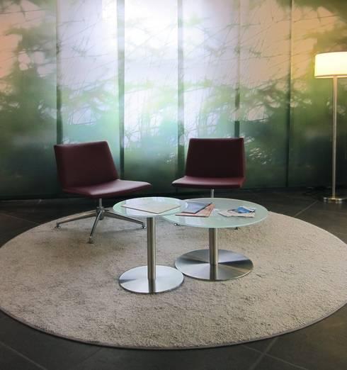Sitzgruppe im Foyer:  Bürogebäude von hansen innenarchitektur materialberatung